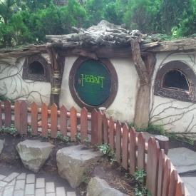 Rumah Hobbit di Farm House